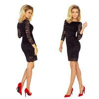 Elegancia má názov: čierne šaty