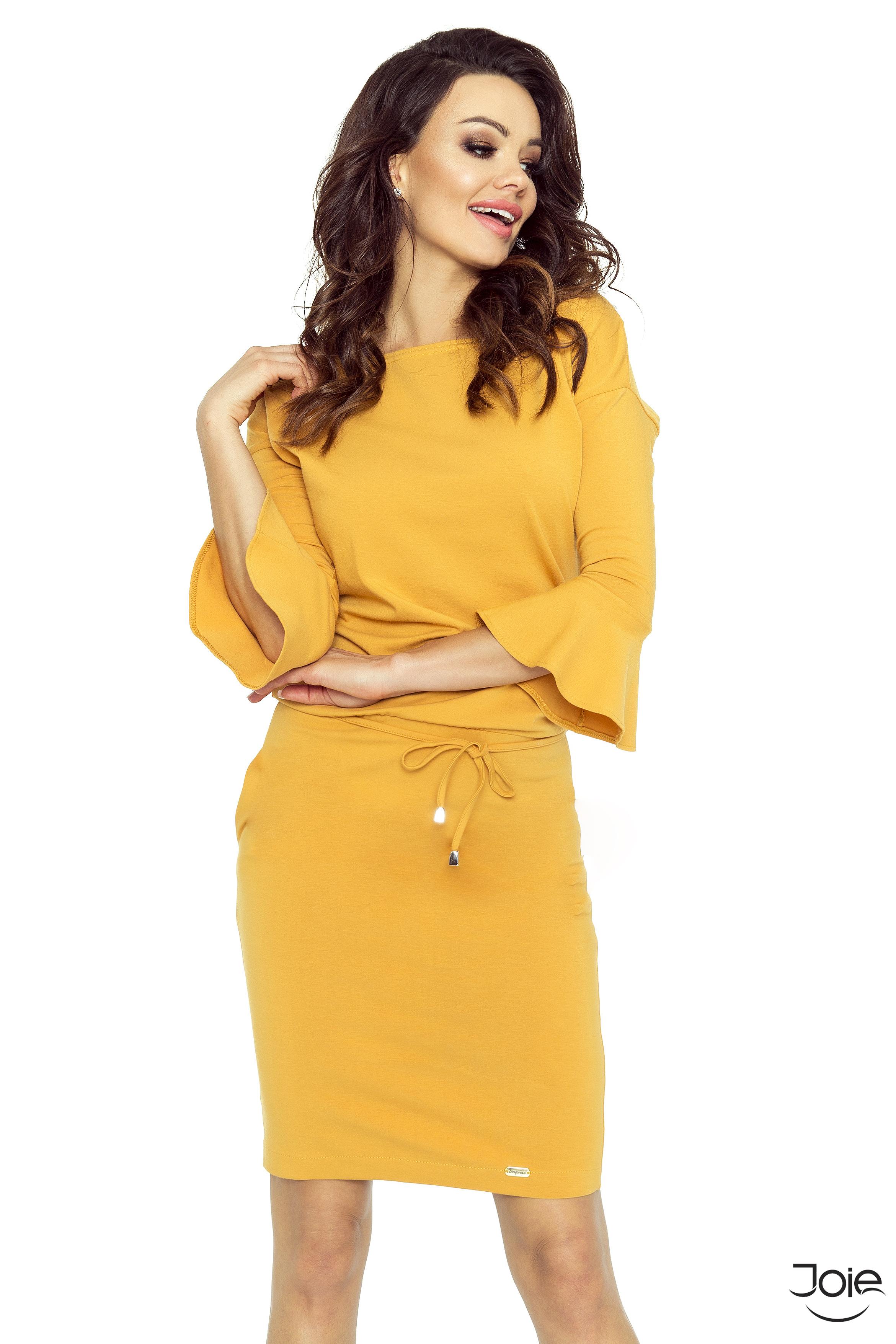 b810d5cb27a5 Krátke horčicové dámske šaty s volánovými rukávmi 80-07 zväčšiť obrázok