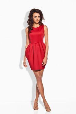 Elegantné krátke červené nazberkané šaty L141