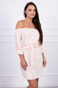 Jemne ružové pásikavé letné šaty s odhaleným ramenami K12693