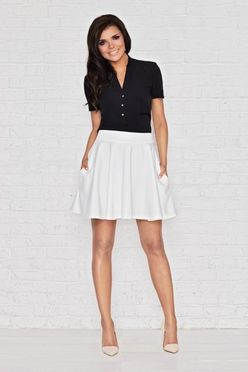 Krémová krátka áčková sukňa IFM008