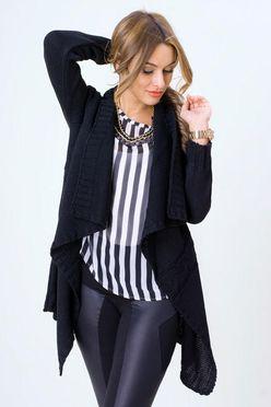 Dámsky sveter LORA v čiernej farbe